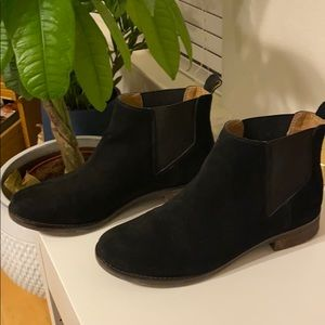 Lucky Bean Suede Chelsea Boot